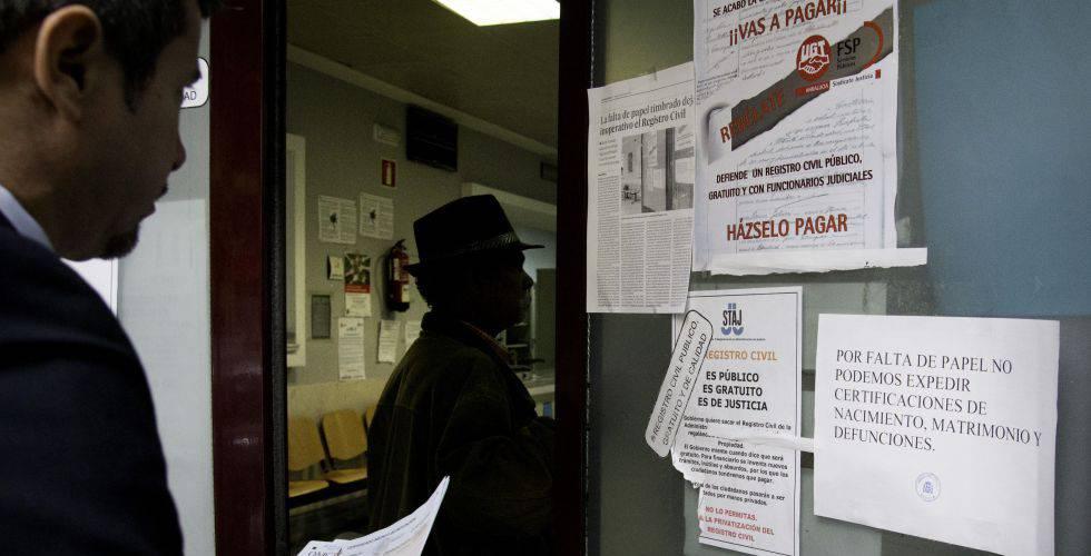 Dan la nacionalidad a un marroqu tras hab rsela negado for Oficina de registro barcelona