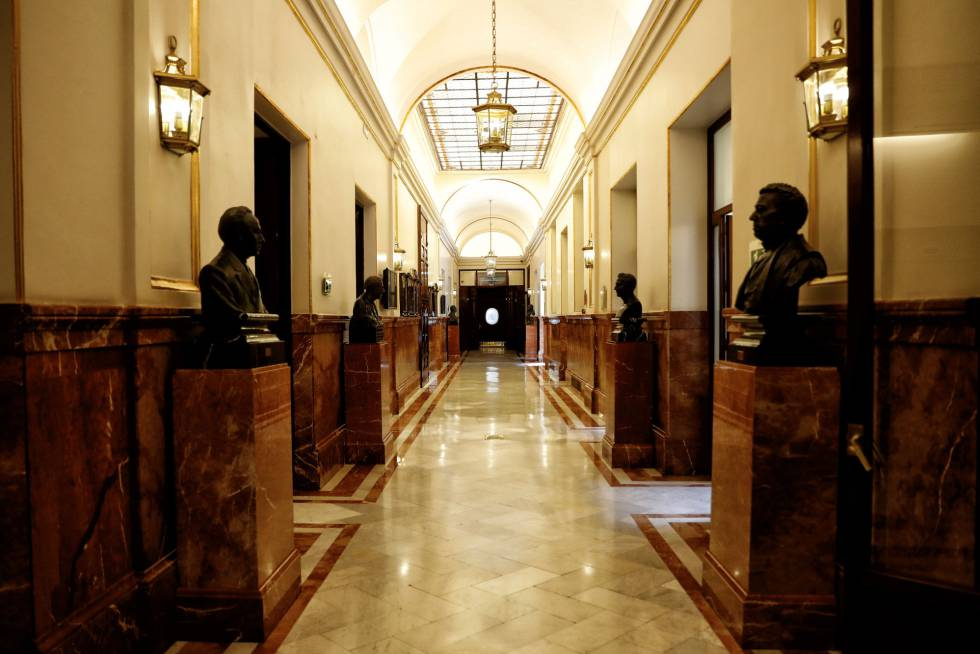 El salón de pasos perdidos del Congreso, vacío estos días.
