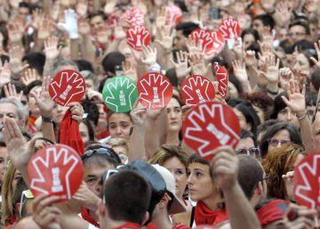 Los detenidos en San Fermín describieron en WhatsApp la violación
