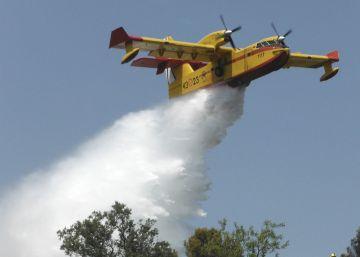 El incendio del valle del Jerte sigue activo pero sin riesgo para la población