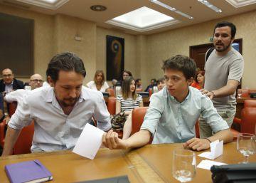 Unidos Podemos anima a Sánchez a presentarse a la investidura si fracasa Rajoy