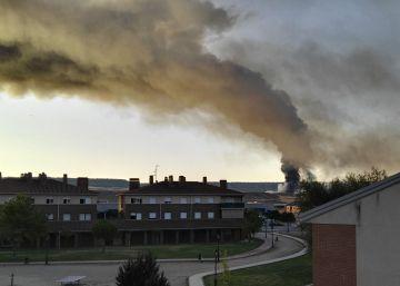 La planta ilegal incendiada en Guadalajara tenía 20.000 toneladas de residuos peligrosos