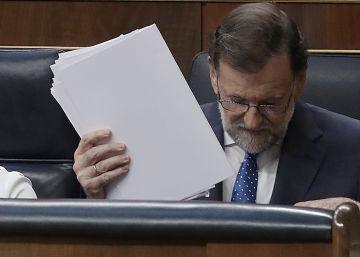 Rajoy olvida al PSOE y el PP presume de que el líder ya no está solo