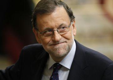 """Rajoy acusa a Sánchez de """"bloquear España"""" y no ofrecer alternativas"""