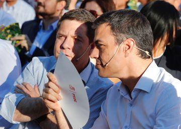 """García-Page acusa a Pedro Sánchez de """"criminalizar"""" a los barones del PSOE"""