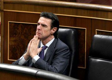 El Gobierno fuerza la renuncia de Soria