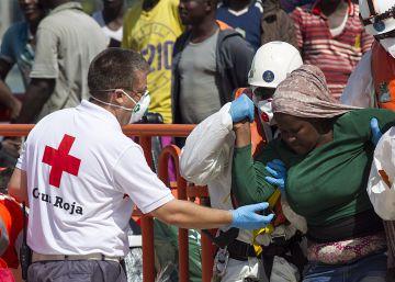 Rescatados 177 inmigrantes en seis pateras entre Alborán y el Estrecho