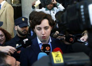 El juez del 'caso Nicolay' imputa a la pareja del comisario José Villarejo