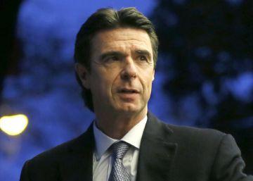 La Moncloa y el PP culpan a Guindos del 'caso Soria' para liberar a Rajoy