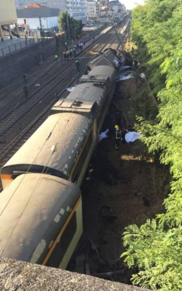 Tren descarrilado hoy en Galicia