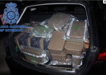 Detenidos cuatro guardias civiles por robar a narcotraficantes en Málaga