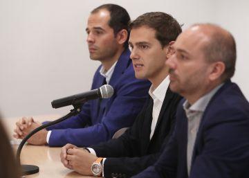 """Rivera reivindica una """"tercera España"""" que sume a Ciudadanos y a UPyD"""