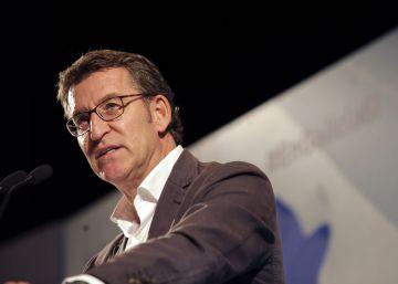 Feijóo subraya su perfil de centro con Cifuentes para alejarse de Rajoy