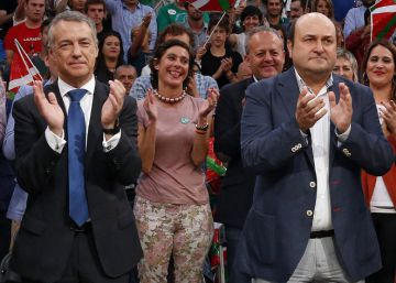 Euskadi cierra la campaña con la duda de los pactos en Vitoria y Madrid