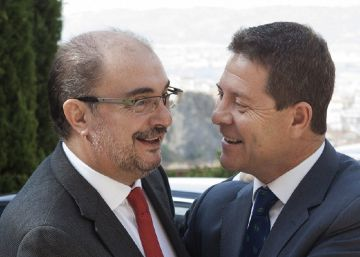 Page y Lambán advierten a Sánchez de que sería irresponsable adelantar el congreso del PSOE