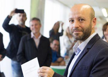 Los socialistas gallegos se aferran al voto rural para contener a las mareas