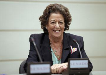 Barberá acude a la reunión del grupo mixto en el Senado