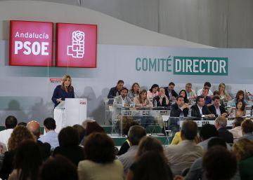 Susana Díaz, en un pasado comité director del PSOE andaluz.
