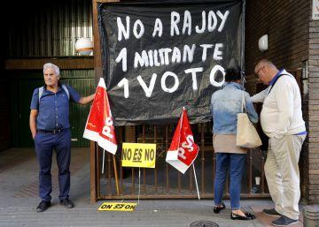 Los socialistas votan entre intentos de coacción
