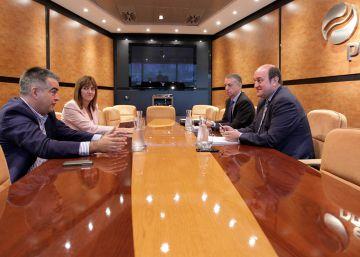 Los socialistas vascos desligan la crisis del PSOE de los acuerdos en Euskadi