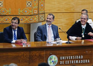 """El Rey: """"La Universidad no debe limitarse solo a crear profesionales"""""""