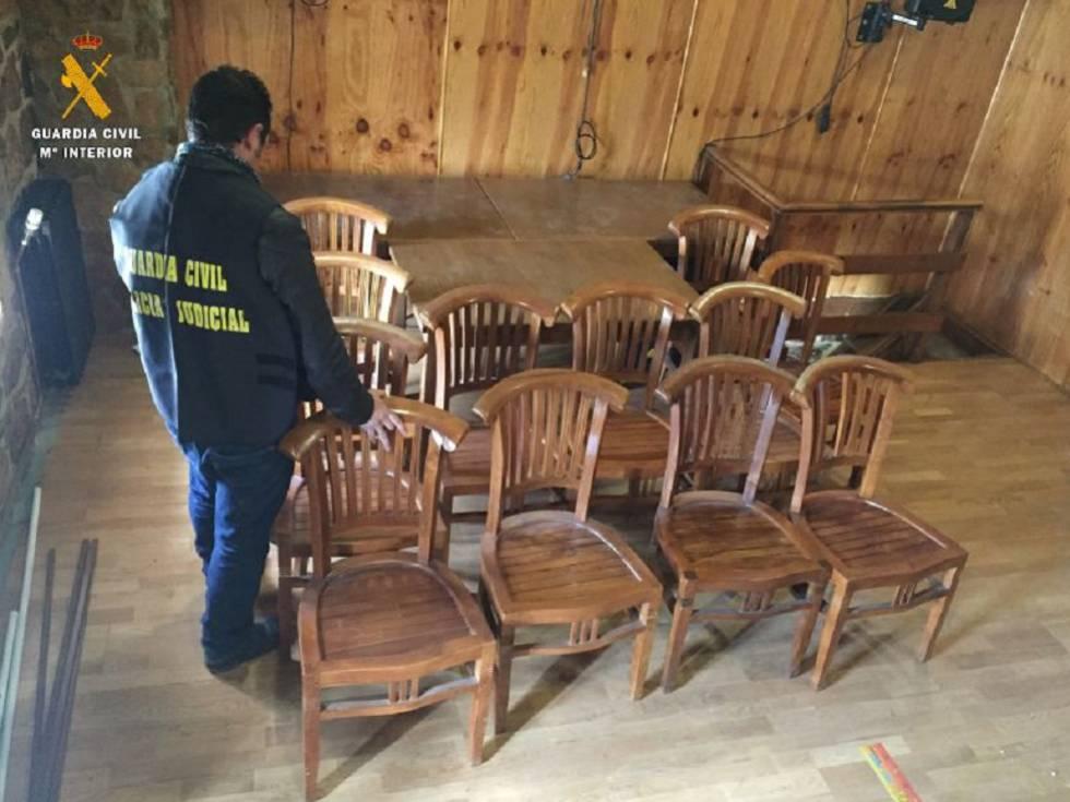 Detenido por robar euros en muebles de un hotel de - Muebles por un euro ...