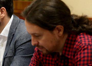 """Iglesias endurece el tono y acusa al PSOE de """"fraude"""" por una posible abstención"""