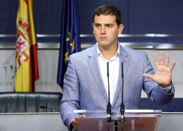 Rivera pide a Rajoy que priorice la investidura sobre la estabilidad