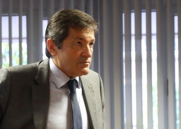 """""""Abstaining is tactical, not ideological"""": interim PSOE chief"""