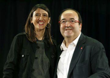 El PSC elige a su líder en el momento más crítico de su relación con el PSOE