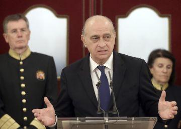 El Congreso reprueba a Fernández con los votos de todos salvo del PP