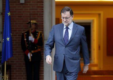 Rajoy busca equilibrar el poder entre Santamaría, Cospedal y De Guindos