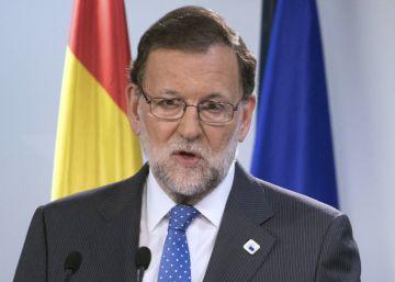 """Rajoy dice que gobernar en minoría será una """"oportunidad"""" para resolver los retos"""