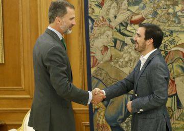 Garzón anuncia al Rey una ola de protestas por los recortes