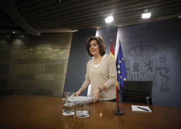 Rajoy se da un plazo para reordenar su Gobierno