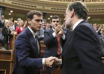 Rivera descarta dar su visto bueno previo al Ejecutivo para poder criticarlo