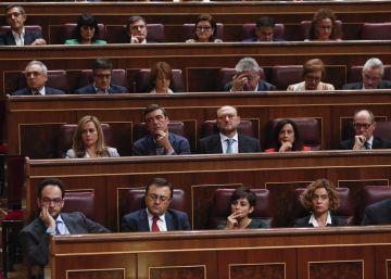 Los díscolos del PSOE esperan que la sanción no pase de una multa