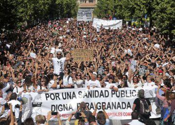 """Granada, Huelva y Málaga se movilizan por una """"sanidad digna"""""""