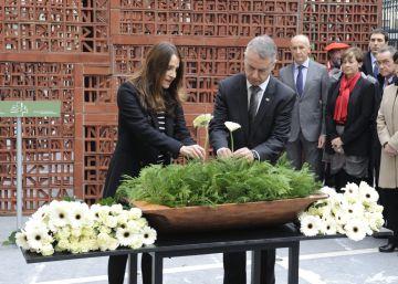 Los partidos vascos afrontan divididos el Día de la Memoria