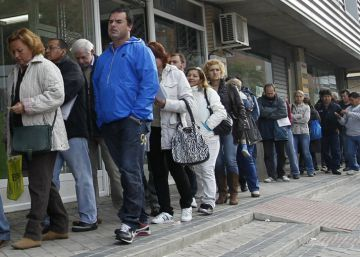 Brussels warns Spain over rising inequality and risk of social exclusion