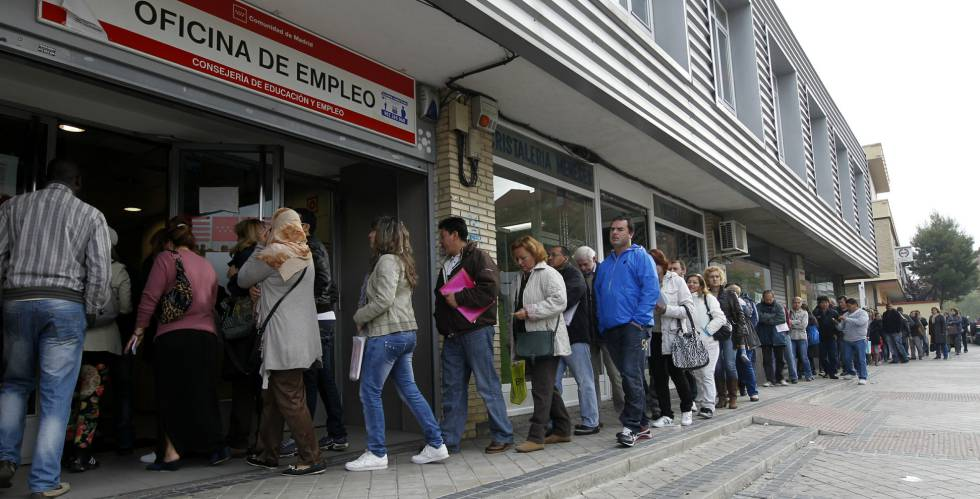 An unemployment office in Madrid's Vallecas district.
