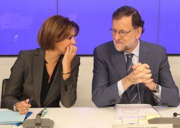 """Rajoy pide al PP que la corrupción """"se convierta en historia"""""""