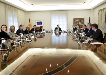El ministro Méndez de Vigo comparece tras el Consejo de Ministros