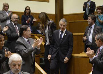 Urkullu tranquiliza al presidente de la gestora del PSOE sobre el pacto de gobierno