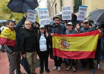 Cientos de militares se quejan al Defensor del Pueblo por el despido de los mayores de 45 años