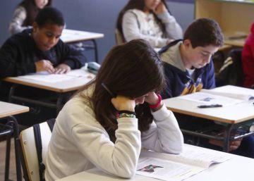 La escuela mejora en primaria, pero con las alumnas a la zaga