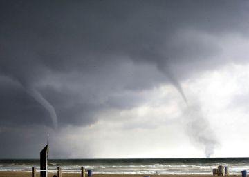 Un tornado causa daños materiales en Palos de la Frontera