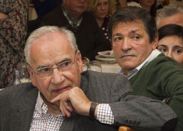 """Fernández alerta sobre los """"viejos fantasmas vestidos de populismo"""""""