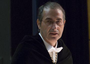 La Asamblea de Madrid cita al rector acusado de plagio, pese al PP
