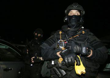 Cinco detenidos e intervenido un depósito de armas de ETA en Francia